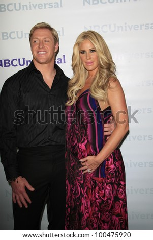PASADENA - APR 18: Kim Zolciak, Kroy Biermann at the NBCUniversal summer press day held at The Langham Huntington Hotel and Spa on April 18, 2012 in Pasadena, California