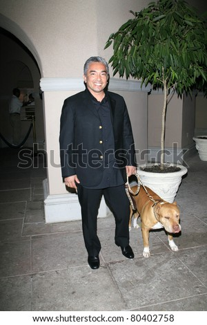 PASADENA - JAN 9: Cesar Millan arrives at the Television Critics Association press tour at the Ritz Carlton Hotel in Pasadena, California on January 9, 2007