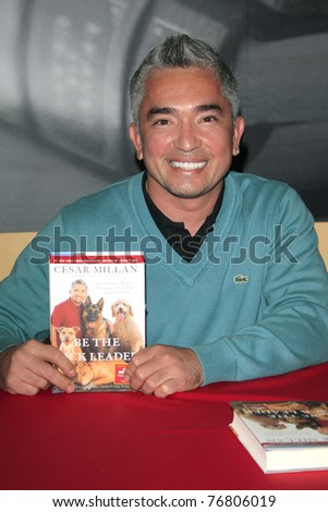PASADENA - NOV 27: Cesar Millan at a book signing for his book 'Cesar's Way' held at the Borders bookstore in Pasadena, CA on November 27, 2007.