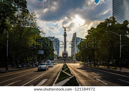 Paseo de La Reforma avenue and Angel of Independence Monument - Mexico City, Mexico #521584972