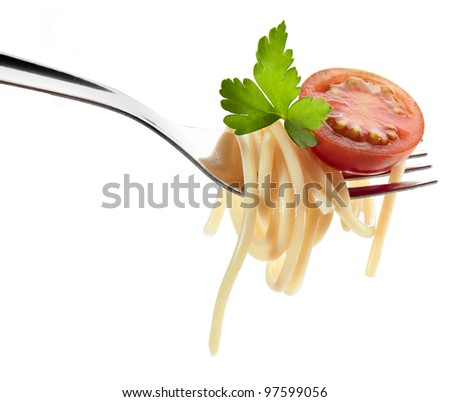 pasta and cherry tomato on a fork