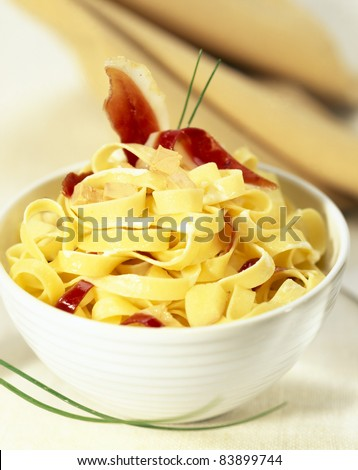 Pasta with diced foie gras and smoked duck breast