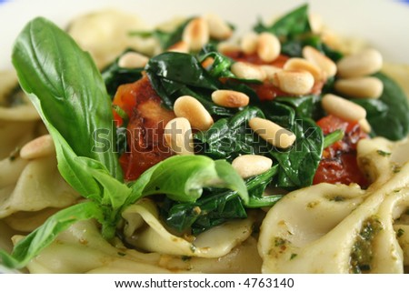 Pasta With Basil Pesto, Pine Nuts And Cherry Tomatoes ...