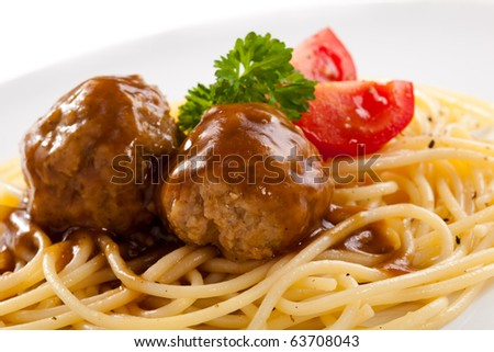 Pasta with roasted meat and vegetables