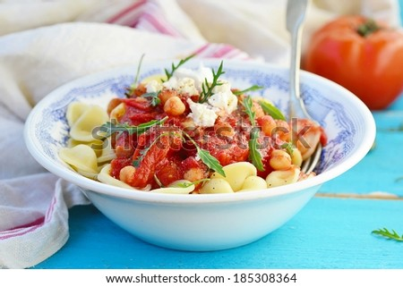 Pasta With Tomato And Chickpea Sauce Stock Photo 185308364 ...