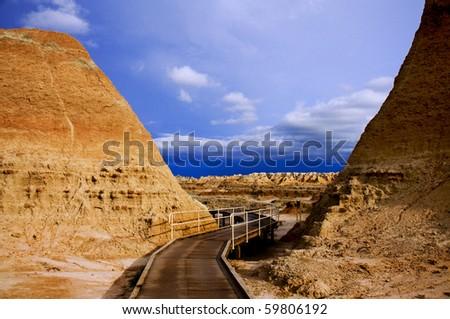 Path to split rock