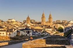 Path walk over Lugo wall surrounding the historic city center