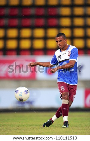 PATHUM THANI,THAILAND-AUG8:Leandro Santos of InseePolice UTD Practice before geam during ThaiPremier League between InseePolice UTD.and SCGMuangthong UTD.at ThammasatStadium on Aug 8,2012 in Thailand