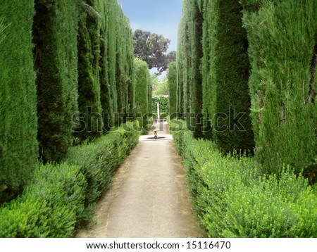 Pathway in the famous gardens of Alhambra