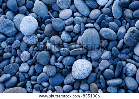 Pattern of smooth rounded rocks