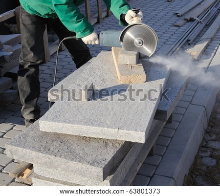 Paving stone saws working with power tools