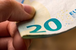 pay with 20 euro money banknotes