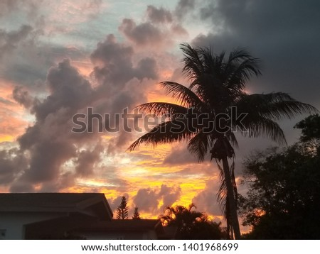 Peaceful Beach Sunrise, Sunsets and City Sunrise and Sunsets