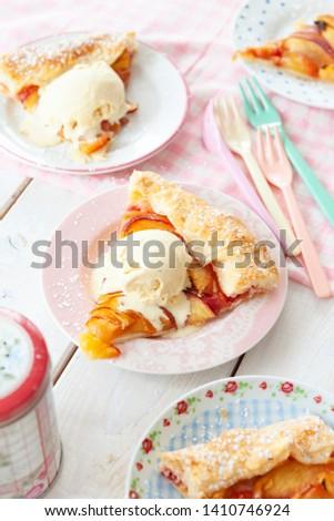 Peach pie with a scoop of vanilla ice cream Imagine de stoc ©