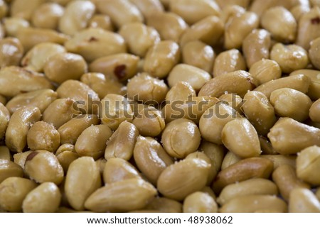 Peanuts background. Close-up. Shallow dof. Eos 1ds mkII