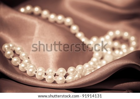 Pearls on the satin