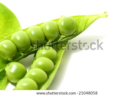 peas isoladed on white