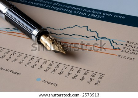Pen on graphical performance chart