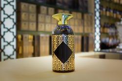 Perfume bottle in Arabic style, golden_In shop