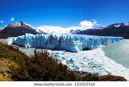 Shutterstock Perito Moreno Glacier, El Calafate, Patagonia, Argentina. South America
