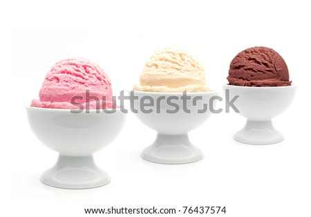 Perspective ice cream bowls with bokeh