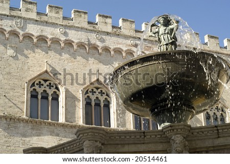 Perugia (Umbria, Italy) - Famous monumental fountain and historic palace