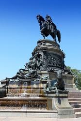 Philadelphia, Pennsylvania in the United States. Famous landmark, George Washington monument designed in 1897 by Rudolf Siemering (1835-1905)