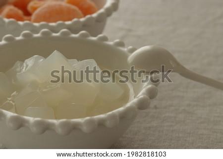 Philippines food, Nata de coco and frozen orange for healthy dessert Foto stock ©