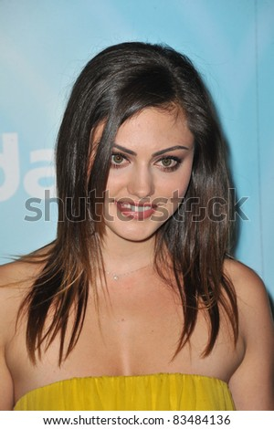 Phoebe Tonkin at the Women in Film 2011 Crystal + Lucy Awards at the Beverly Hilton Hotel. June 16, 2011  Beverly Hills, CA Picture: Paul Smith / Featureflash