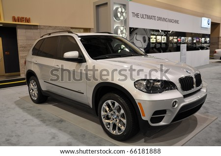 PHOENIX, AZ - NOV 25: BMW X5 at the Arizona International Auto Show on November 25, 2010 in Phoenix, Arizona