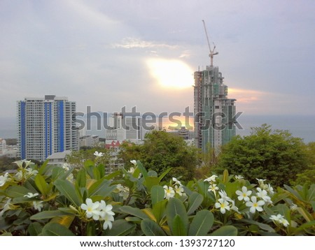 Photo at the viewpoint of pattaya. The new high-rise condominium building covers the view. Until almost did not see the beautiful view, when the sunset at the viewpoint of Pattaya #1393727120