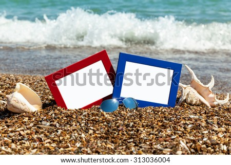 photo frame on the beach, photography on the beach, sea shells, beach vacation, beach pebbles, picture, frame, beach, photo, sunglasses, reflection, background, sand, black sea, summer
