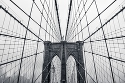Photo in black and white of the Brooklyn Bridge