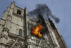 Photo manipulation about Nantes Chatedral (France) burning