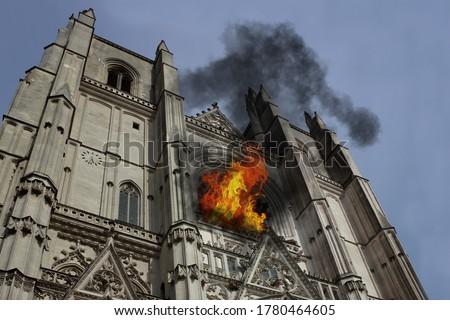 Photo manipulation about Nantes Chatedral (France) burning Photo stock ©