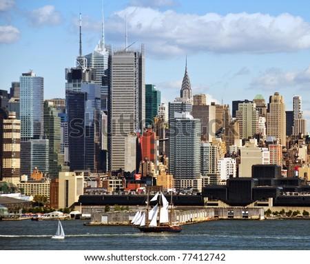 photo new york midtown skyline over hudson river