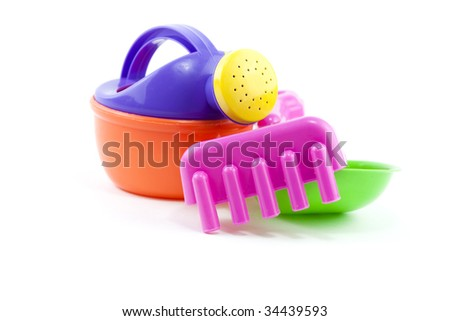 photo of a set of childrens gardening tools
