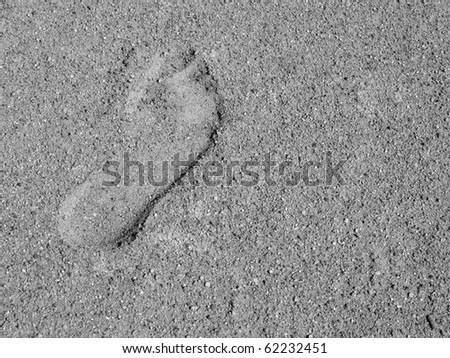 Photo of a trace of shoe in sand