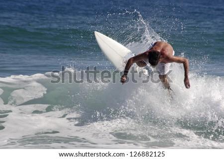 Photo of Surf maneuver