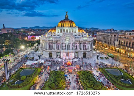 Photo of the Bellas Artes Palace in Mexico city at the blue hour time Stock foto ©