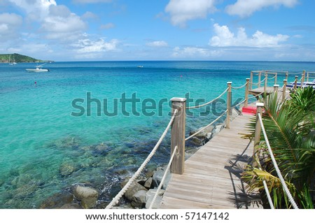 Photo of the blue ocean water, Saint-Martin Island