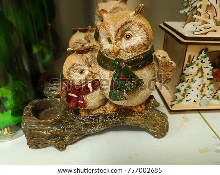 Photo of two christmas owls