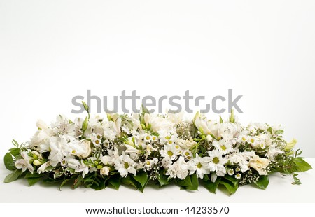Photo Of White Table Flower Decoration - 44233570 : Shutterstock