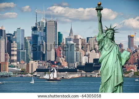 photo tourism concept for beautiful new york city skyline