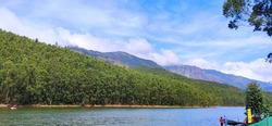 Photograph of echo point which is selectively focused. This location is in munnar, kerala