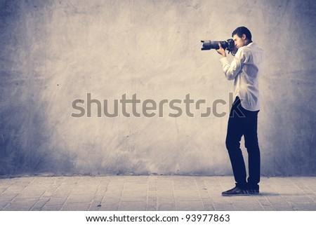 Photograph using a reflex camera #93977863