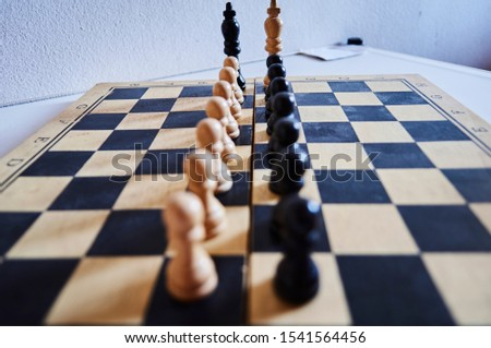 photography chess boardpawns in line and chess kings confronting each other Foto stock ©