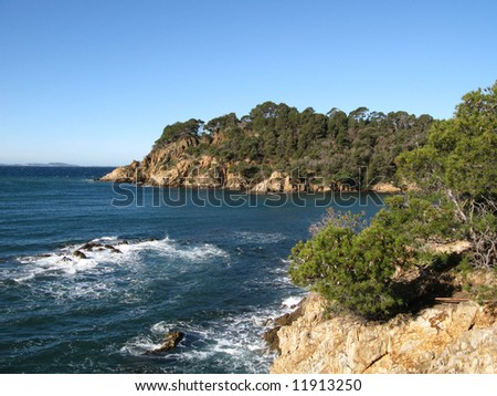 Photos appreciate during the randonnee of the beach of CABASSON, at feet of the fort of Bregancon, in the beach of the pellegrin, in the Var, FRANCE