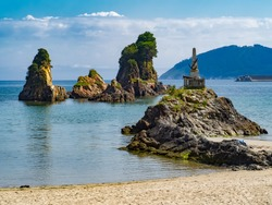 Photos of Covas beach in the municipality of Viveiro, Lugo. Known for the rocks called Os castelos.
