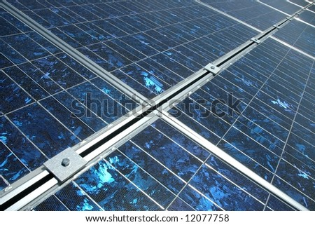 Photovoltaic cells in a solar panel